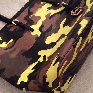 NEW! Michael Kors Jetset Acid Yellow Camo Bag $395